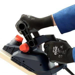 Edge 48-126 Black Product Prop EMEA - Sanding Wood